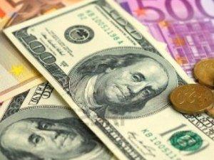 Dolar 2.70'in altında açıldı