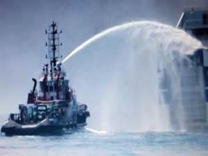İtalya'da seyir halindeki feribotta yangın çıktı