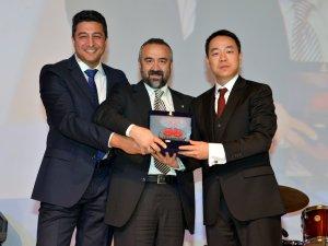 Huawei'den Arena'ya Yılın Katma Değerli Distribütörü Ödülü