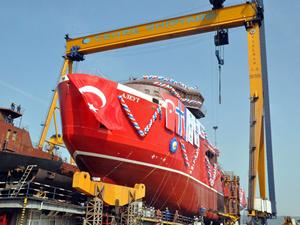 Cemre Tersanesi buzkıran gemisi AJIEYT / ALEUT'u denize indirdi