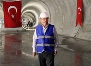 Kadir Topbaş'tan metro müjdesi