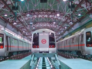 İstanbul'a insansız metro