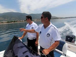 Menderes'te deniz zabıtaları göreve başladı