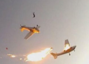 Kanada'da iki küçük uçak çarpıştı