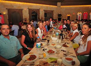 Corendon Turizm Grubu Personeli, iftar yemeğinde buluştu
