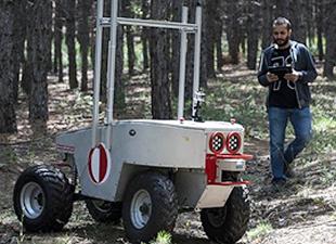 ODTÜ'den 'insansız kara aracı'