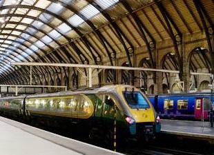 Londra'daki grevde ulaşım kaosa döndü