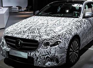 Mercedes Benz yeni E Serisini tanıttı