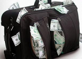 Havalimanında 425 bin dolar kayboldu!