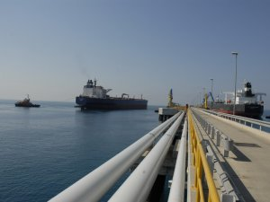 SOCAR, Rusya üzerinden petrol ihracatına yeniden başladı