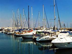 Setur Yunanistan'da marina almak için görüşmelere başladı