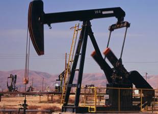 Petrol, 50 dolarda tutunmaya çalışıyor