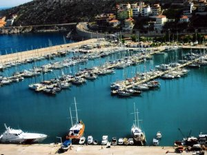 Türkiye limanlarına uğrayan gemi sayısı Temmuz'da yüzde 5 arttı