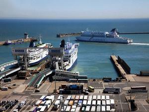 İngiltere'den Fransa'ya gemiyle geçişlerde yeni uygulama