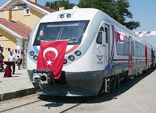 Konya'nın 4 ilçesi Raybüs ile YHT hattına bağlandı