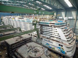 Norwegian Escape kruvaziyer gemisi bugün denize indiriliyor