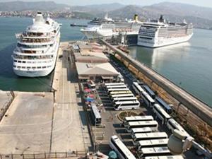 İzmir'e gelen turist sayısı ilk 7 ayda yüzde 10 azaldı