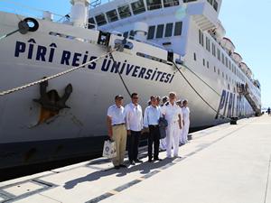 M/F Piri Reis Eğitim Gemisi'ne Bodrum'da yoğun ilgi