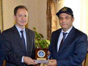 Oral Erdoğan, Antalya Valisi ve Antalya Deniz Ticaret Odası'nı ziyaret etti