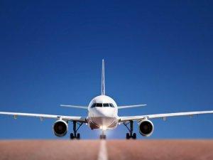 Havalimanında şüpheli uçak krizi