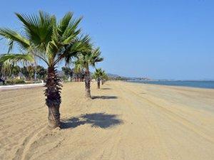 Kum Denizi sahili modern plaj oldu