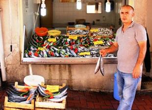 Bartın'da balıklar tezgahtaki yerini aldı