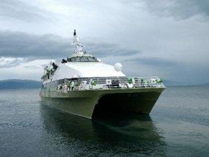 Olumsuz hava deniz ulaşımını aksatıyor