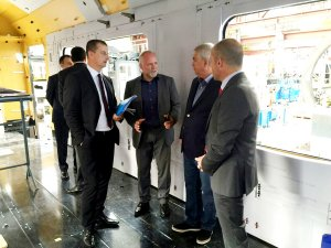 Bakü-Tiflis-Kars demiryolu için yolcu trenlerinin üretimine başlandı