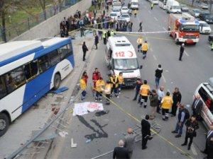 Ankara'da otobüs durağa daldı: 12 ölü, 13 yaralı