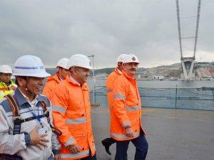 Işık ve Müezzinoğlu, Körfez Geçişi Asma Köprüsü'nü 252 metre yükseklikte inceledi