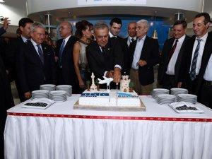 Yunan Ellinair havayolu şirketi, Selanik-İzmir seferleri başladı