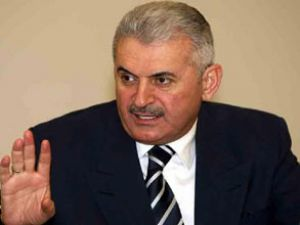 Yıldırım:  İzmir lojistik üs haline geliyor