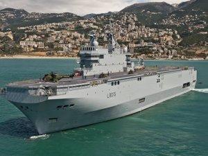 Mısır, Fransız DCNS ile helikopter gemisi anlaşması imzaladı