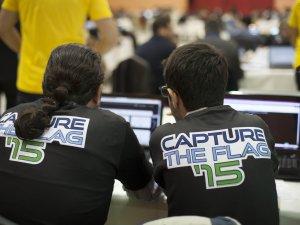 Siber güvenlik uzmanları kıyasıya yarıştı