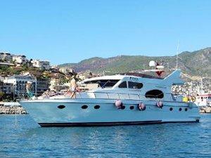 Alanya'da 1 milyon liralık yat ile turistlere ''Exotic'' tur