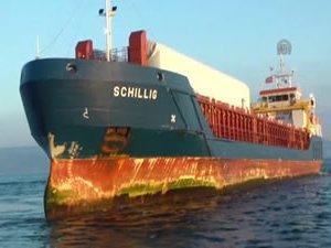 Çanakkale Boğazı'nda karaya oturan SCHILLIG adlı kuru yük gemisi kurtarıldı