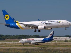 Rus şirketlere transit uçuş yasağı