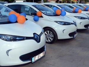 Renault'tan Antalya Büyükşehir Belediyesi'ne 10 adet ZOE