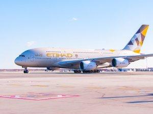 Etihad Airways'in yeni uçağı A380 ilk uçuşunu gerçekleştirdi