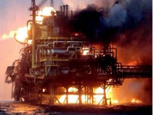 Azerbaycan'daki platform yangınında 32 kişi öldü