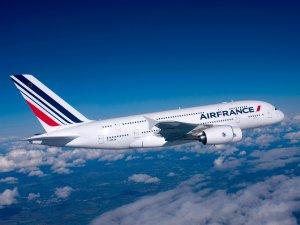 Air France uçağında bomba paniği