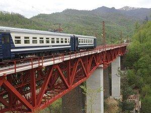 İran-Türkiye demiryolu iki şeritli olacak