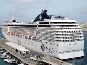 'Cruise gemileri İstanbul'a uğramak istiyor, ancak limanlarımız yetersiz'