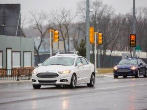 Ford, otonom araçları test eden ilk otomotiv üreticisi