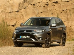 Mitsubishi Outlander PHEV Avrupa'da 50.000 satış adedini aştı