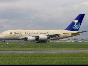 Suudi Arabistan, İran'a uçak seferlerini durdurdu