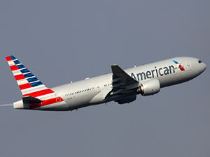 Türbülansa giren American Airlines uçağı acil iniş yaptı