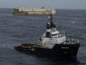 Modern Express adlı RO-RO gemisi Biskay'da 70 derece yan yattı