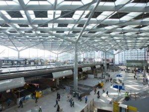 Hollanda'nın Den Haag Şehri Merkez İstasyonu Açıldı