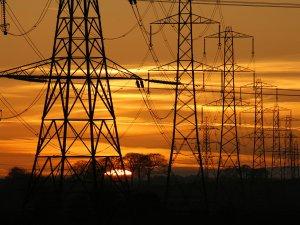 Bakü'den elektrik ithalatı başladı!